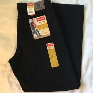 Wrangler black 5 Star Premium relaxed fit jeans NWT